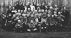 Janusz Korczak - Janusz Korczak with the children in 1920s