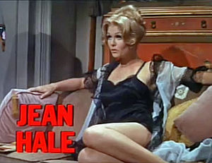 Jean Hale - Jean Hale in trailer for The St. Valentine's Day Massacre (1967)