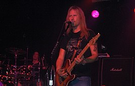 Jerry Cantrell06.jpg