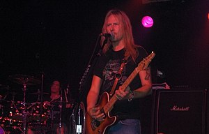 Jerry Cantrell - Jerry Cantrell in 2006.