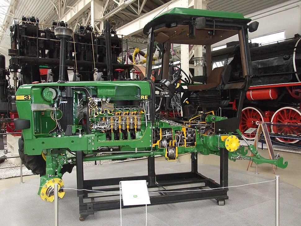 John Deere 3350 tractor cut