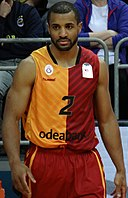 Jordan Taylor (basketball) Fenerbahçe Men's Basketball vs Galatasaray Men's Basketball TSL 20180304.jpg