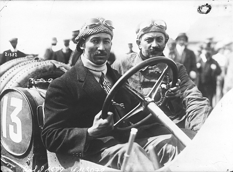 File:Jules Goux in his Peugeot at the 1912 French Grand Prix at Dieppe.jpg