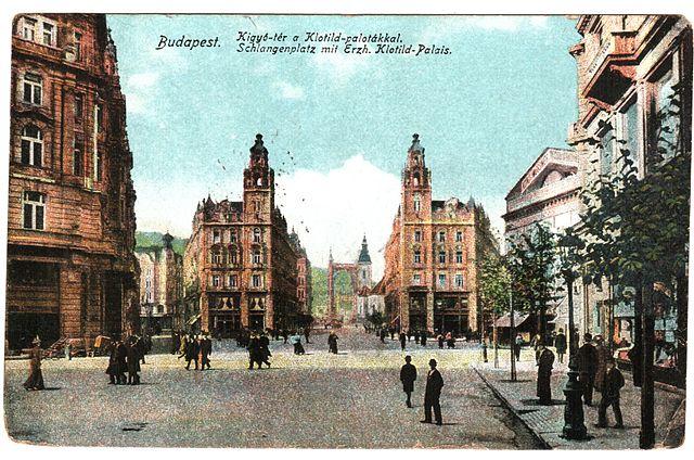 Palais Klotild et Ferenciek ter (Place des Franciscains) à Budapest