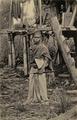 KITLV - 1400321 - Kleingrothe, C.J. - Medan - Batak man with a machete on the east coast of Sumatra - circa 1900.tif