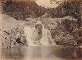 KITLV 92131 - Unknown - Waterfall at Coonoor in India - Around 1870.tif