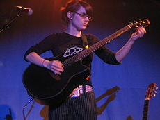 Kaki King in concert