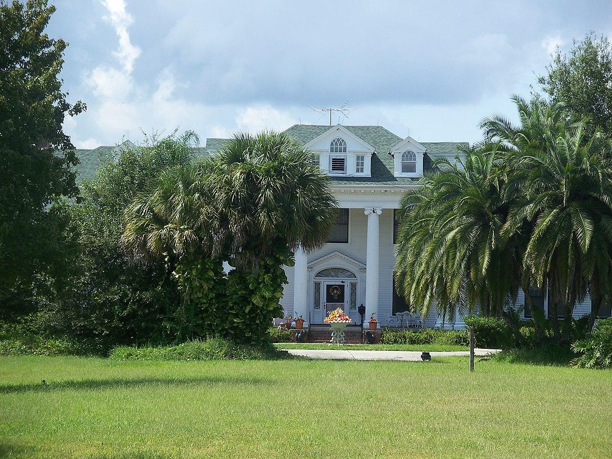 Colonial Estate - Wikipedia