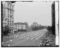 Kkk parade 1925 npcc 14028u.tif