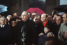 A color picture of Hans Modrow, Helmut Kohl, and Walter Momper at the opening of the Brandenburg Gate.