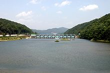 Korea-Andong-Beopheung Bridge over the Nakdong River-02.jpg