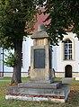 Kriegerdenkmal Erster WK 1a Uebigau.jpg