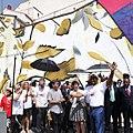 """La flor favorita de Mandela """"invade"""" una pared en Lavapiés como homenaje (04).jpg"""