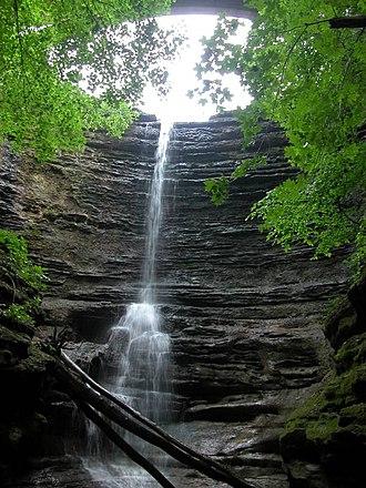 Matthiessen State Park - Lake Falls at Matthiessen State Park