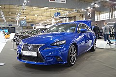 Lexus IS 300h (2015)