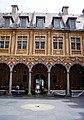 Lille WLM2016 cour intérieure de la Vieille Bourse (8).jpg