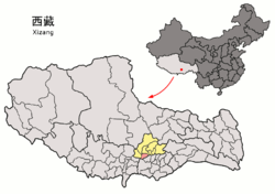 Location of Qüxü County (red) within Lhasa City (yellow) and the Tibet Autonomous Region