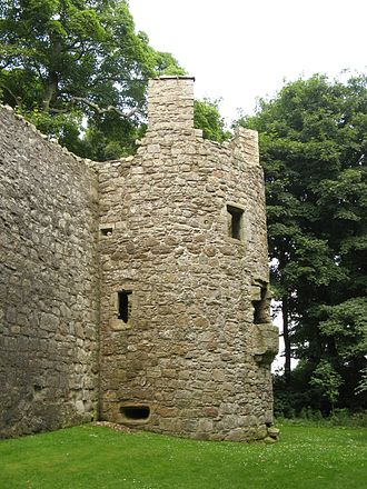 William Douglas, 6th Earl of Morton - Mary, Queen of Scots was a prisoner in the Glassin Tower at Lochleven Castle