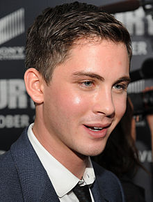 Logan Lerman 2014.