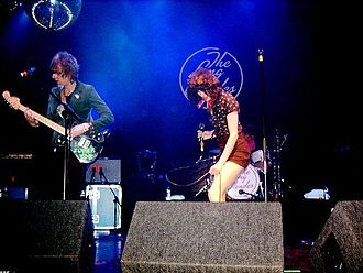 The Long Blondes - The Long Blondes live at the London Astoria, 2007