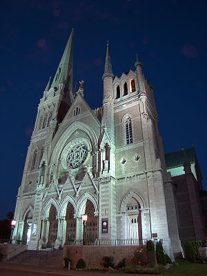 Co-Cathedral of Saint-Antoine-de-Padoue - Image: Longueuil St Antoine 1 tango 7174