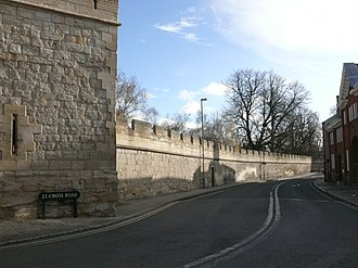 Longwall Street - Image: Longwall Street, Oxford, looking south