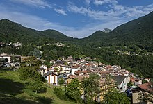Lower Esino Lario cityscape with mountains.jpg