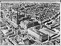 Luchtopname. Rotterdam. Coolsingel met stadhuis, postkantoor en beursgebouw, Bestanddeelnr 900-0362.jpg