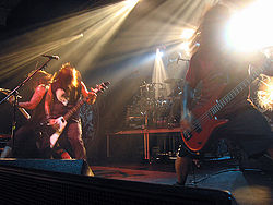 Machine Head 2006年 左から: Phil Demmel, Robb Flynn, and Adam Duce.}