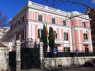 Portugal–Spain relations - Image: Madrid Embajada de Portugal 3
