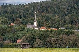 Magdalensberg St. Thomas Pfarrhof und Pfarrkirche hl. Thomas 04102019 7252.jpg