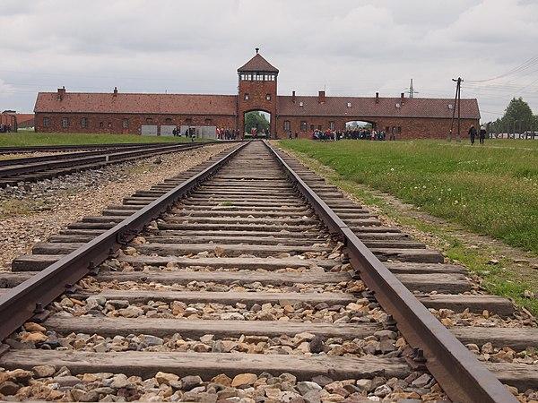 Järnvägen in i Auschwitz/Birkenau'