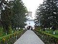 Manastirea Samurcasesti - intrarea.jpg