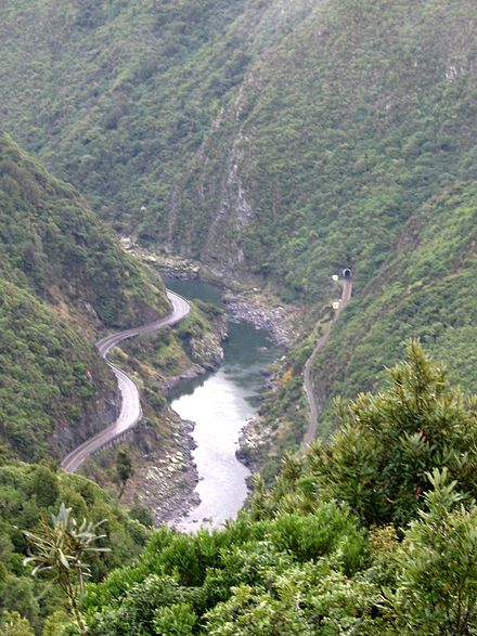 Manawatu Gorge viewed from a lookout on the Manawatu Gorge Track Manawatu Gorge.jpg