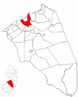 Burlington Township highlighted in Burlington County. Inset map: Burlington County highlighted in the State of New Jersey.
