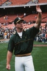 Mark McGwire 1989 (cropped)