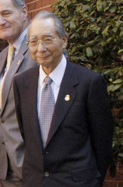 Masajuro Shiokawa cropped 2 Finance Ministers of G7 20030412.jpg