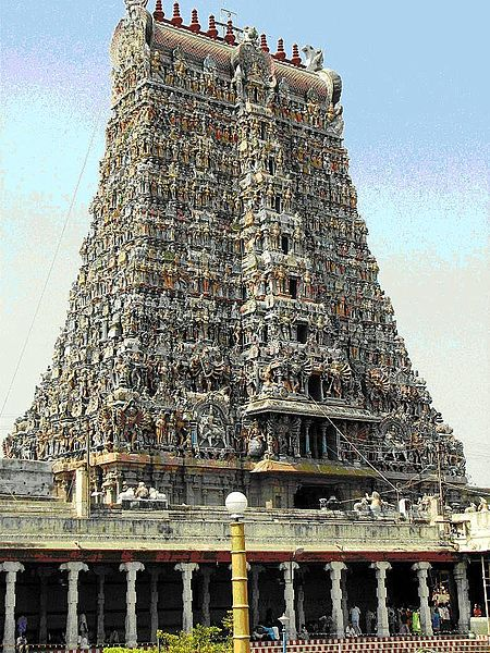 پرونده:Meenakshiamman Temple Tower.JPG