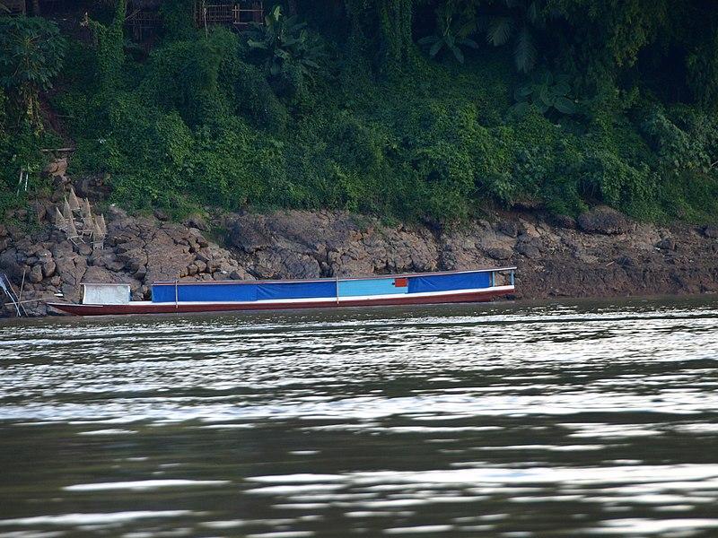 File:Mekong River Boat -b.jpg