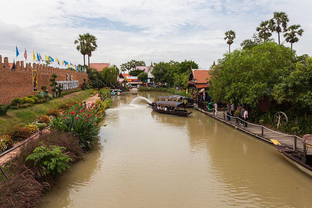 Mercado flotante, Ayutthaya, Tailandia, 2013-08-23, DD 03