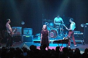 Metric (band) - Metric live 2005