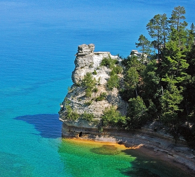 File:Miners Castle, Pictured Rocks National Lakeshore.jpg