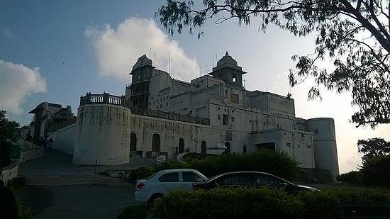 Panoramiczny widok na pałac monsunowy