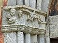 Morača Klosterkirche - Portal 3a Gewände.jpg