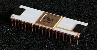 NEC µPD7220 - Image: NEC D7220