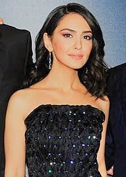 Nazanin Boniadi March 2019 (cropped).jpg