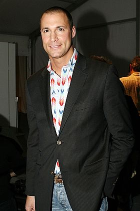 Nigel Barker arriving at Anna Sui Feb 2008, Photographed by Ed Kavishe for Fashion Wire Press.jpg
