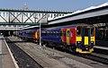 Nottingham railway station MMB 59 156411 153308.jpg