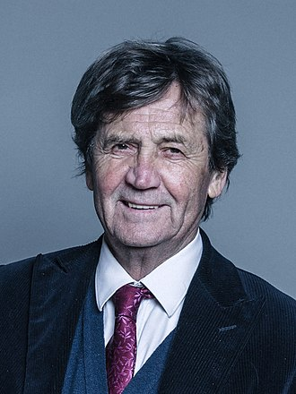 Melvyn Bragg - Image: Official portrait of Lord Bragg crop 2
