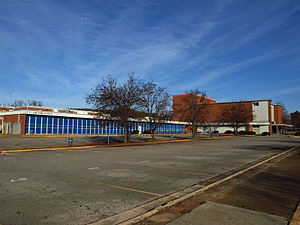 Lee High School (Huntsville, Alabama) - Lee Jr. High/High School (1958–2012) at 606 Forrest Circle site-2010 photo